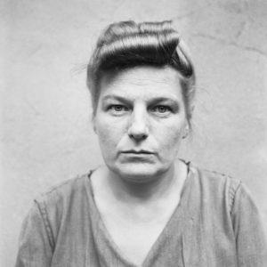 Hertha Ehlert wartet auf ihren Prozess, August 1945 © Imperial War Museum, BU 9690